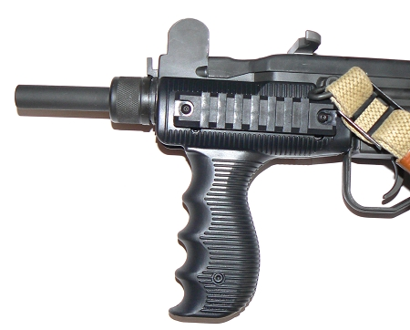 UZI BLACK VERTICAL HANDGUARD WITH RAILS MOUNT - TACTICAL FOREGRIP